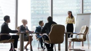 iStock 1129629359 320x180 - 広告代理店に転職するための、仕事の種類・業務内容・売上ランキングは?