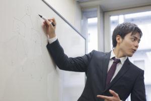 iStock 597972036 300x200 - 第二新卒で広告代理店に転職した3人のリアルな経験談