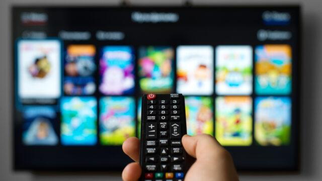 iStock 529662428 640x360 - テレビ番組のメディア担当者の仕事内容と内情