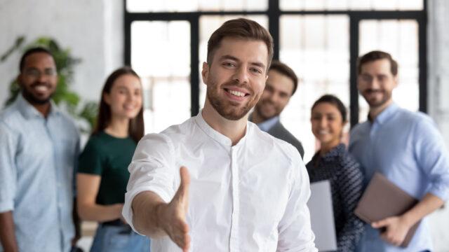 広告代理店_転職エージェント 640x360 - 広告代理店に有利な転職エージェント選びで失敗しないこと!