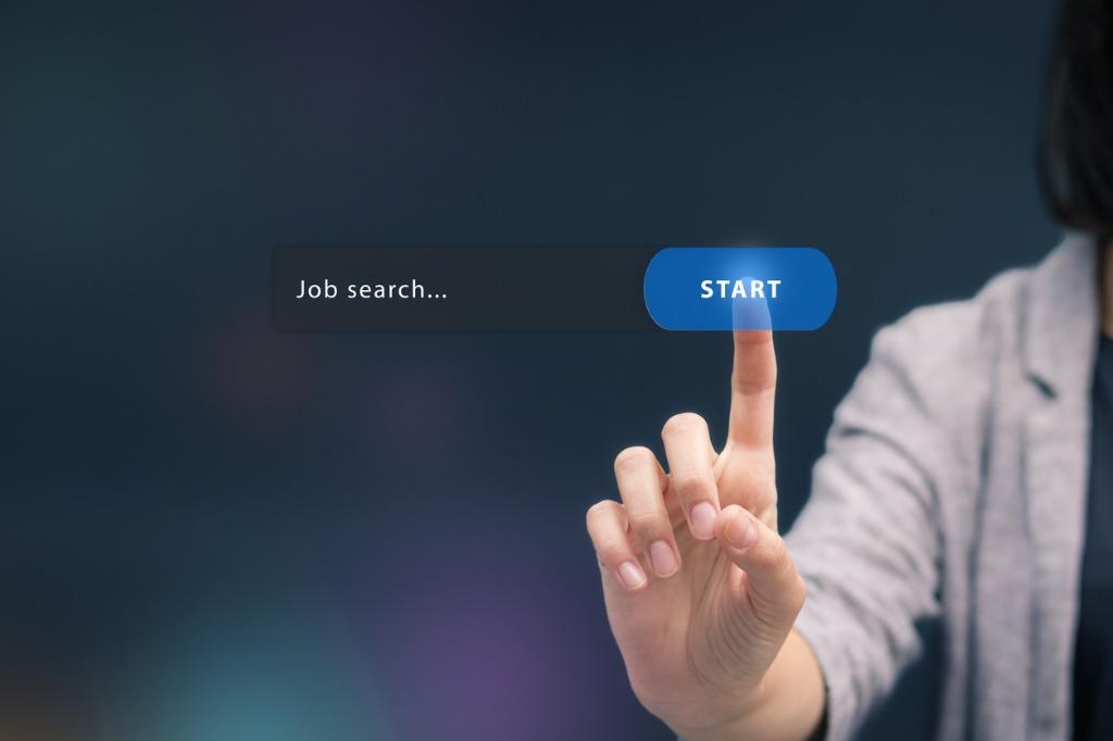 広告代理店_就活_いつから始める - 広告代理店の23卒就活はいつから始めるべき?